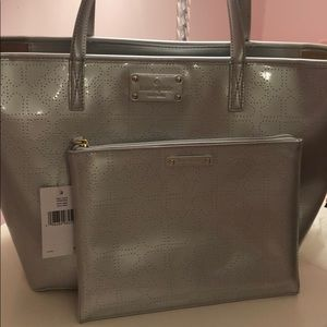 *NWT* BUNDLE LARGE KATE SPADE TOTE AND POUCH